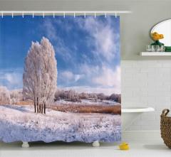 Donmuş Ağaç ve Bulutlar Duş Perdesi Kış Kar Mavi