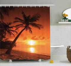 Palmiyeli Plajda Gün Batımı Duş Perdesi Turuncu