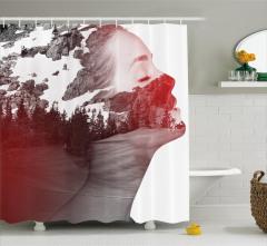 Doğa ve Kadın Duş Perdesi Karlı Dağlar ve Ağaçlar