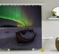 Tekne ve Yıldızlı Gökyüzü Duş Perdesi Kuzey Işıkları