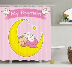 Ayın Üzerinde Uyuyan Bebek Duş Perdesi Vaftiz Temalı
