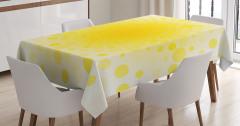 Sarı Noktalı Masa Örtüsü Beyaz Arka Planlı Şık