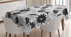 Çiçek Desenli Masa Örtüsü Siyah Beyaz Çeyizlik