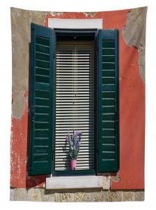 Çiçekli Pencere Temalı Masa Örtüsü Ahşap Bina