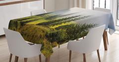 Doğada Huzur Temalı Masa Örtüsü Dağ Yeşil Ağaç Sis