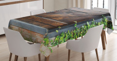 Gizli Bahçe Temalı Masa Örtüsü Kahverengi Ahşap Kapı