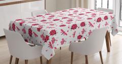 Bahar Temalı Masa Örtüsü Çeyizlik Şık Çiçek Kırmızı