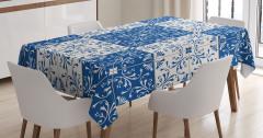 Lacivert ve Beyaz Çiçekli Masa Örtüsü Kareli