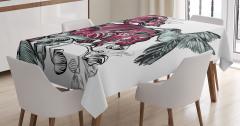 Bordo Çiçek ve Kuş Desenli Masa Örtüsü Şık Tasarım