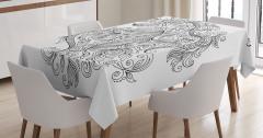 Şık Kova Burcu Desenli Masa Örtüsü Siyah ve Beyaz