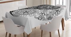 Siyah Beyaz Masa Örtüsü Çiçekli Yin Yang Sembolü