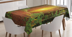 Ormanda Yürüyüş Temalı Masa Örtüsü Sonbahar Yeşil