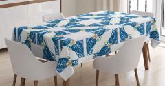 Mavi Yaprak ve Kare Desenli Masa Örtüsü Şık Tasarım