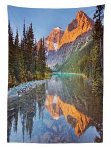 Dağ Eteğinde Nehir Manzaralı Masa Örtüsü Yeşil Doğa