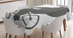 Bisiklete Binen Ayı Desenli Masa Örtüsü Siyah Beyaz