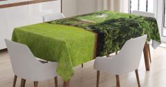 Doğada Huzur Temalı Masa Örtüsü Yeşil Bahçe Ağaç
