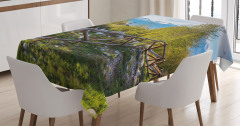 Karlı Dağ Manzaralı Masa Örtüsü Ahşap Kule Yeşil
