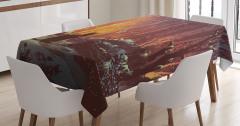 Perili Ormandaki Kedi Temalı Masa Örtüsü Turuncu Şık