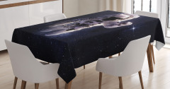 Uzaydaki Astronot Temalı Masa Örtüsü Yıldız Lacivert