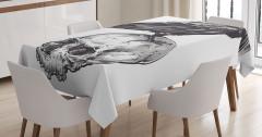 Kuzgun ve Kuru Kafa Desenli Masa Örtüsü Siyah Beyaz