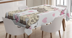 Aşık Zürafalar ve Kelebekler Masa Örtüsü Romantik