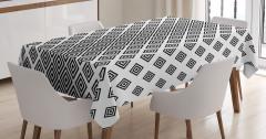 Eşkenar Dörtgen Desenli Masa Örtüsü Siyah Beyaz Şık