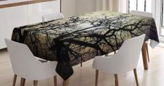 Gökyüzüne Yansıyan Ağaç Silüetleri Masa Örtüsü Siyah