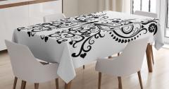 Aşk Kelebeği Desenli Masa Örtüsü Siyah Beyaz Kalpli