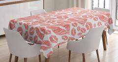 Kırmızı Dudak Desenli Masa Örtüsü Dekoratif Şık
