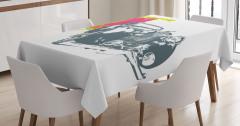 Antika Araba Desenli Masa Örtüsü Beyaz Fonlu Şık