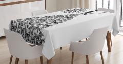 Kelebek Elbiseli Kız Desenli Masa Örtüsü Siyah Beyaz