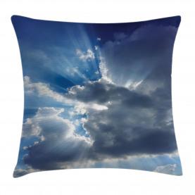 Sonnenstrahlen von Wolken Kissenbezug