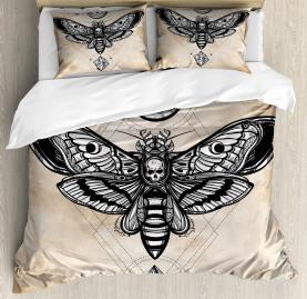 Fantasy  Duvet Cover Hawk Moth Skull Magic Print