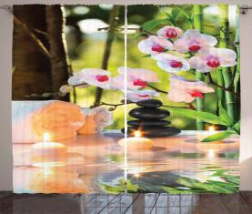 Spa mit Kerzen Orchideen Vorhang