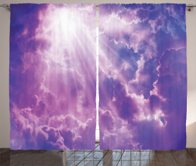 Schwere Wolken Sunlights Vorhang