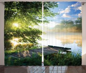 Angelpier am Fluss Vorhang