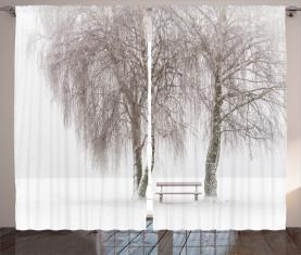 Snowy-Bank im Park Vorhang