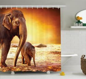 Mutter-Baby-Elefant-Familie Duschvorhang