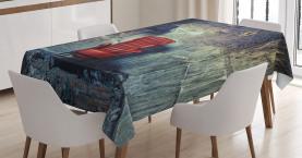 Alter Sessel Unordentliches Haus Tischdecke
