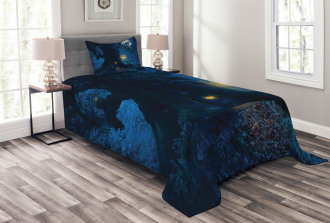 Ancient Tree in Woods Bedspread Set