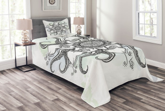 Drawn Mandala Flower Bedspread Set