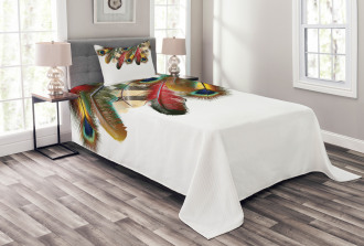 Vibrant Feathers Boho Bedspread Set