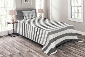 Gray and White Grunge Bedspread Set