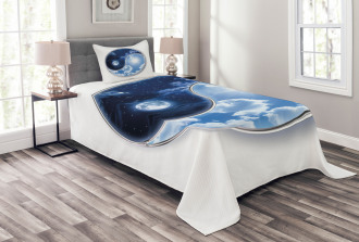 Moon and Sun Figures Bedspread Set