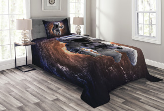 Astronaut in Outer Space Bedspread Set