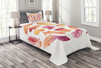 Dark Watercolor Feathers Bedspread Set