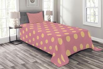 Retro Modern Rounds Bedspread Set