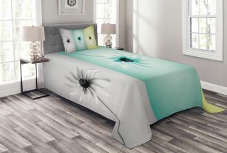 Different Daisy Flower Bedspread Set