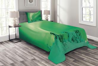Icy Pine Tree Bedspread Set