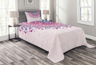 Ornamental Figure Bedspread Set